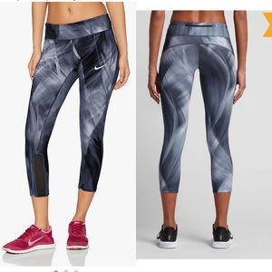Nike Power Epic Running Crop Women